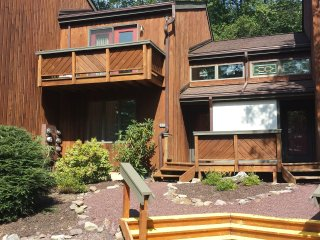 3 BR Mountain House at Big Boulder - Perfect for winter or summer getaways!