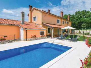 4 bedroom Villa in Sumber, Istria, Croatia : ref 5564371