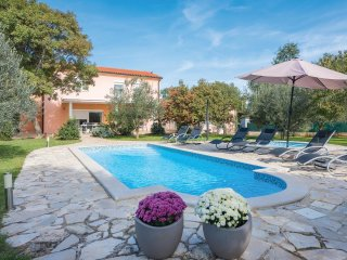 3 bedroom Villa in Pavicini, Istria, Croatia : ref 5520229