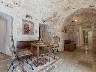 3 bedroom Villa in San Michele Salentino, Apulia, Italy : ref 5571688