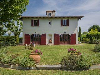 4 bedroom Villa in Lavaiano, Tuscany, Italy : ref 5519521