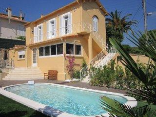 Belle Villa ds Cannes 160m2 Piscine Privée 20min à Pied Croisette et Plages