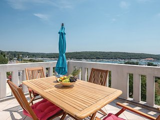2 bedroom Apartment in Veruda, Istria, Croatia : ref 5570075