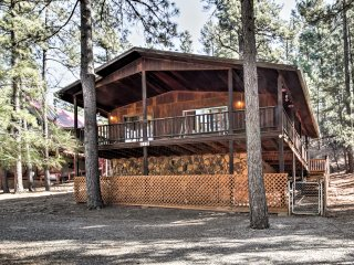 Ruidoso Cabin w/ Forest Views - Mins to Ski Apache