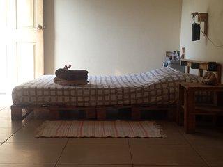 Cuarto privado en Casa Soluna, Leon Nicaragua