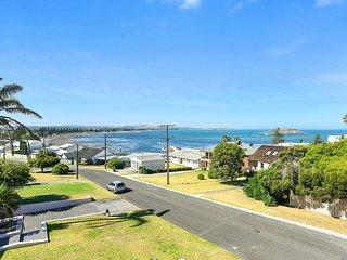 23 Investigator Crescent - Breathtaking Encounter Bay Views