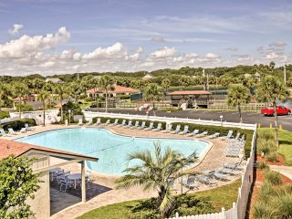 Chic St. Augustine Condo w/ Pool & Beach Access!