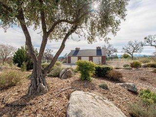 Frontier Hideaway - Charming Barn Studio on 5-Acre Estate w/ Private Patio