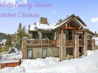 Lakota Luxury Chateau Next To Resort - FREE Activities/View/Hot Tub/FREE Shuttle