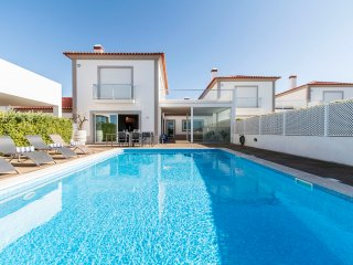 Villa Del Rey - New!