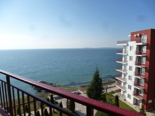 1 bedroom with great sea views over to Nessebar