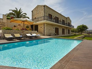 7 bedroom Villa in Finocchiara, Sicily, Italy : ref 5547655