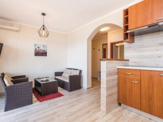 2 bedroom Apartment in Kampor, Primorsko-Goranska Županija, Croatia : ref 552159