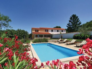 3 bedroom Villa in Vilanija, Istria, Croatia : ref 5520781
