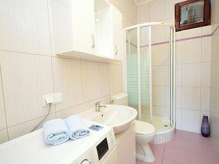 5 bedroom Villa in Tribunj, Šibensko-Kninska Županija, Croatia : ref 5525222