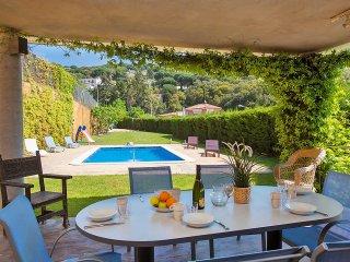 4 bedroom Villa in Sant Vicenç de Montalt, Catalonia, Spain : ref 5532883
