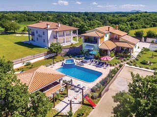 5 bedroom Villa in Režanci, Istria, Croatia : ref 5520527