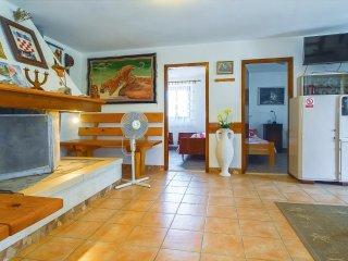 3 bedroom Villa in Pučišća, Splitsko-Dalmatinska Županija, Croatia : ref 5561783