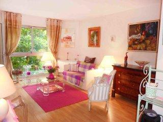 1 bedroom Apartment in Invalides, Île-de-France, France : ref 5514859