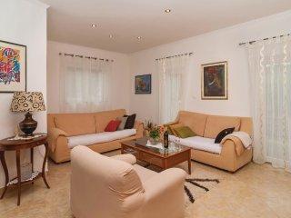 3 bedroom Villa in Baraći, Splitsko-Dalmatinska Županija, Croatia : ref 5522511
