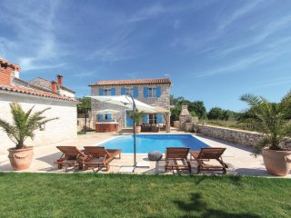 2 bedroom Villa in Hrboki, Istria, Croatia : ref 5520485