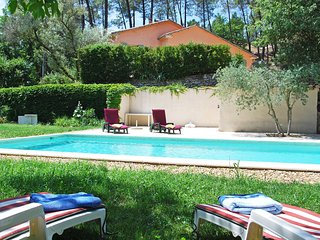 3 bedroom Villa in Saint-Pantaleon, Provence-Alpes-Cote d'Azur, France : ref 551