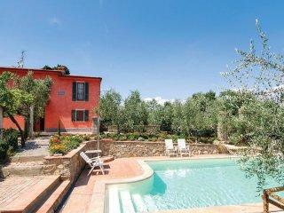2 bedroom Villa in Le Vigne Grandi, Tuscany, Italy : ref 5540472