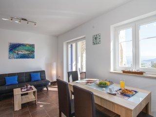 2 bedroom Villa in Zagorje, Primorsko-Goranska Županija, Croatia : ref 5521424