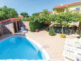 5 bedroom Villa in Peroj, Istarska Županija, Croatia - 5520112
