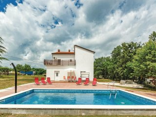 4 bedroom Villa in Heki, Istria, Croatia : ref 5571387