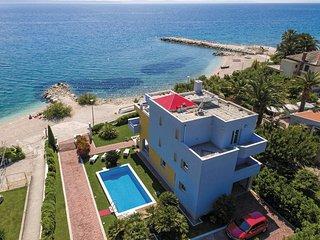 4 bedroom Villa in Sveti Martin, Splitsko-Dalmatinska Zupanija, Croatia : ref 55