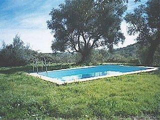 Galaroza Villa Sleeps 6 - 5080241