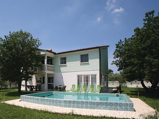7 bedroom Villa in Kaldanija, Istria, Croatia : ref 5520775