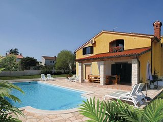 4 bedroom Villa in Muntic, Istria, Croatia : ref 5520493