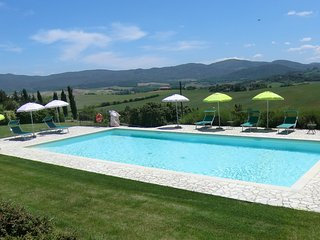 2 bedroom Apartment in Colle di Val d'Elsa, Tuscany, Italy : ref 5312837