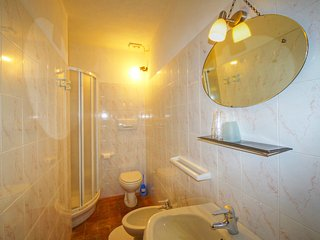 5 bedroom Apartment in Radda in Chianti, Tuscany, Italy : ref 5513244