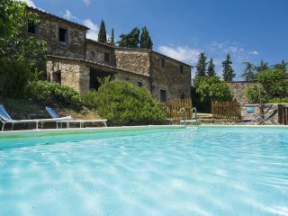 5 bedroom Apartment in Radda in Chianti, Tuscany, Italy : ref 5513244