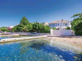 5 bedroom Villa in Banjol, Primorsko-Goranska Zupanija, Croatia : ref 5521596