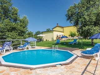 3 bedroom Villa in Rovinjsko Selo, Istria, Croatia : ref 5520873