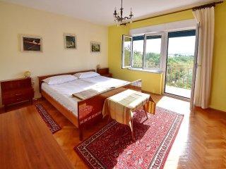6 bedroom Apartment in Jadranovo, Primorsko-Goranska Županija, Croatia : ref 55
