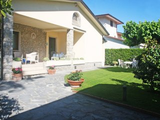 4 bedroom Villa in Forte dei Marmi, Tuscany, Italy : ref 5519753