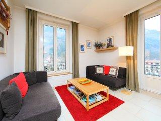 2 bedroom Apartment in Chamonix, Auvergne-Rhône-Alpes, France : ref 5515509