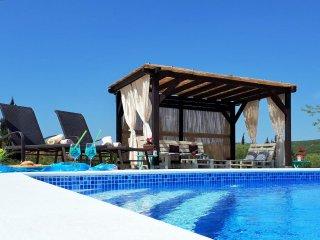4 bedroom Villa in Banjevci, Zadarska Zupanija, Croatia : ref 5533035