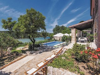 7 bedroom Villa in Kampor, Primorsko-Goranska Zupanija, Croatia : ref 5521569