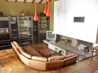 5 bedroom Villa in Espelette, Nouvelle-Aquitaine, France : ref 5513786