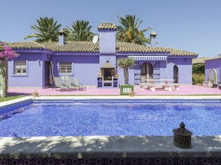4 bedroom Villa in Urb. Cr. Santa Rita, Andalusia, Spain : ref 5518163