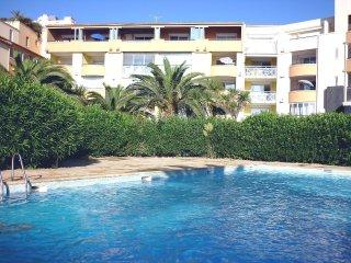 3 bedroom Apartment in Le Cap D'Agde, Occitania, France : ref 5516967