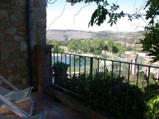 2 bedroom Villa in San Quirico d'Orcia, Tuscany, Italy : ref 5239931