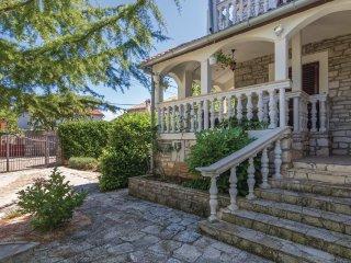 4 bedroom Villa in Cabrunici, Istria, Croatia : ref 5520494