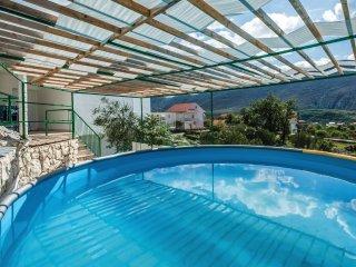 4 bedroom Villa in Kostanje, Splitsko-Dalmatinska Županija, Croatia : ref 557146
